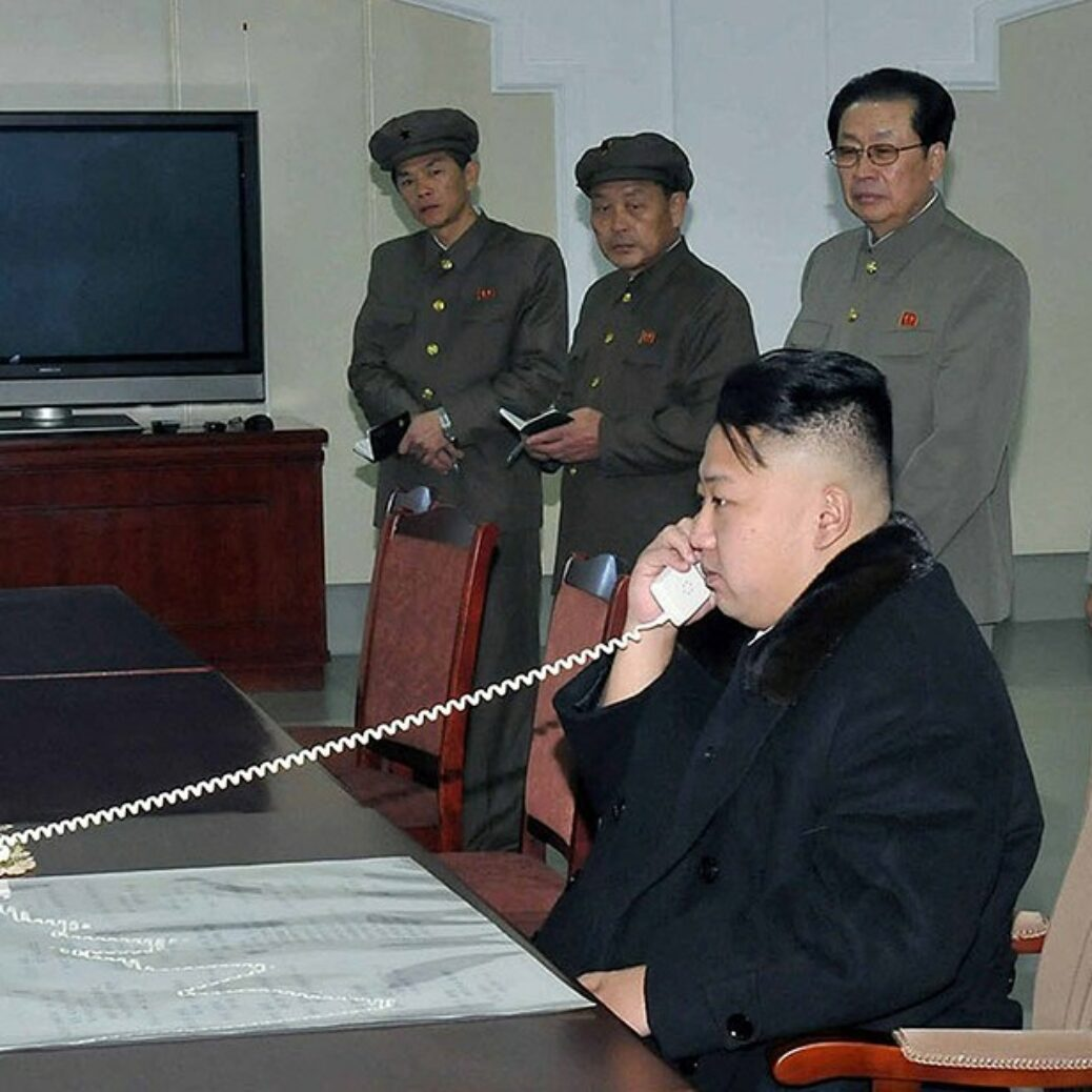 """China sends out medical professionals to North Korea to """"recommend"""" on Kim Jong-Un treatment"""